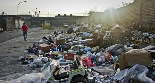 Rifiuti, Vincenzo Galizia: giusto punire chi abbandona rifiuti ingombranti, ma perché solo in Campania e non in tutta Italia?