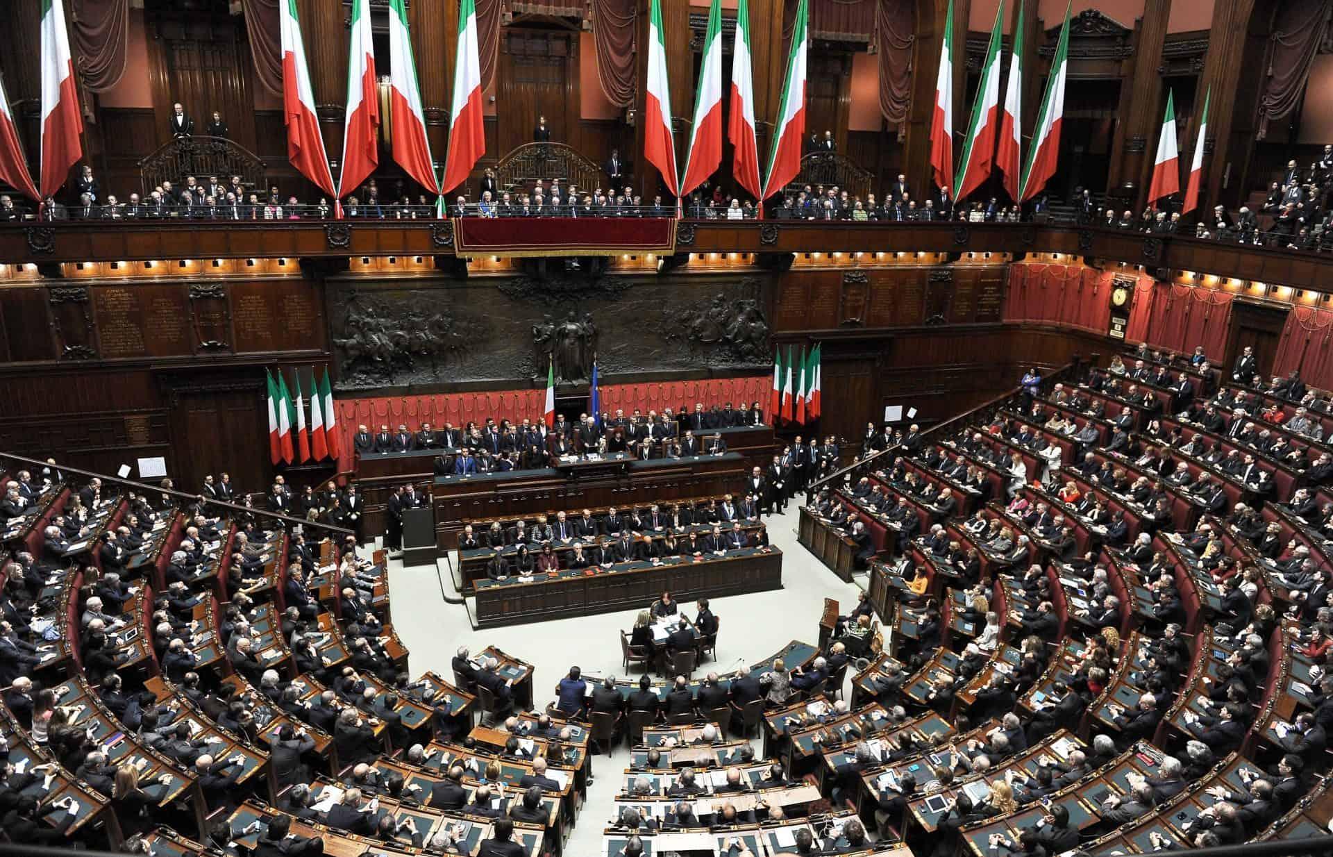 """Riduzione parlamentari, Vincenzo Galizia: """"attacco alla democrazia. Bastava dimezzare stipendi"""""""